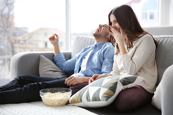 TV-is-best-thing-for-couples